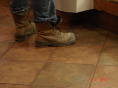 WEDNESDAY 050 WORKBOOT (rhyme&reason) Tags: man guy boot construction workboot