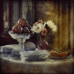 Good Old Days (fesign) Tags: flowers stilllife toronto table vase apples setup coffeemugs casaloma bouque memoriesbook cupkake