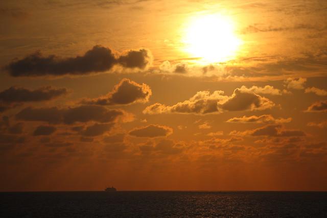 巨大な太陽