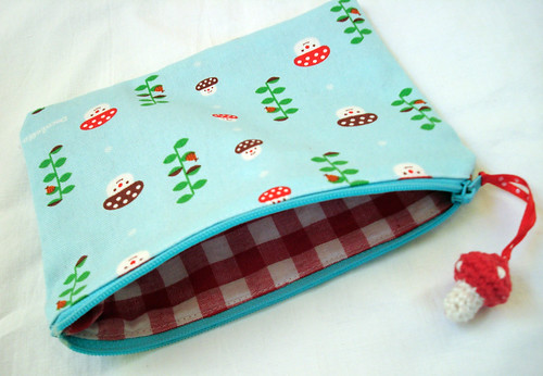 Zippered pouch Decole fabric
