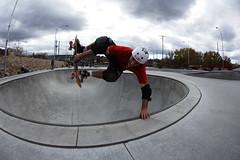 IMG_1569 (thebeaks) Tags: arizona canon 350d skateboarding fisheye tokina oldmanarmybbq2008