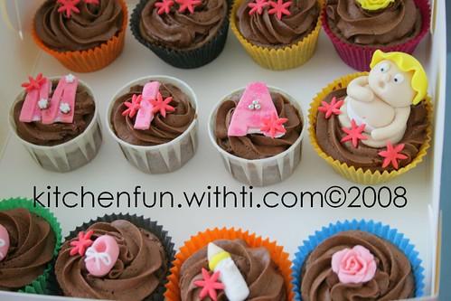 mia cupcakes