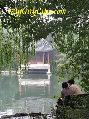 Hello Kitty's View of Local People relaxing at the shore of West Lake, HangZhou