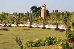 Naypyidaw Water Fountains Garden  by clkr