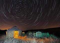 Choza bajo el cielo estrellado (dnieper) Tags: sky stars cielo estrellas choza chozo abigfave platinumphoto ysplix santaolajadeeslonza