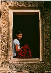 Asia -  Myanmar / Burma / teenagegirl (RURO photography) Tags: voyage travel girls portrait people cute tourism girl beautiful smile face female canon asian photography mujer model asia faces asahi photos retrato yangon burma cara models modelos reis nios nia portraiture teenager myanmar lonelyplanet criana portret fille birma mdchen meisje meisjes rangoon nationalgeographic reizen discoverychannel azi birmanie teenagegirl gesichter  birmania mianmar supershot kartpostal enstantane  mianm voyageursdumonde naturalbeautyportraiture journalistchronicles  discoveryphoto discoveryexpeditions rudiroels thegalleryoffineportrait tienermeisje chicaenfica golbalbackpackers  mjanmar mjanmarsko