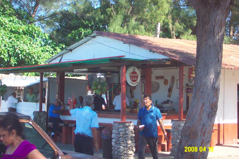 Cuba: fotos del acontecer diario 2450999704_b8ee25e388_o