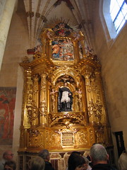 """Burgos Cathedral • <a style=""""font-size:0.8em;"""" href=""""http://www.flickr.com/photos/48277923@N00/2622806334/"""" target=""""_blank"""">View on Flickr</a>"""