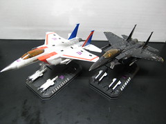 Deception Seekers (Michaeltron) Tags: toy toys us eagle air mp3 transformers g1 edition takara tomy commander seekers masterpiece decepticons starscream f15 mp6 skywarp