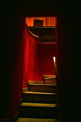 Escaleras...Al infierno? Stairway...To Hell? (darkside_1) Tags: madrid red espaa luz bar stairs rouge rojo pub hell sombra scala rosso picnik escaleras mibarrio infierno intimidad kartpostal anawesomeshot visiongroup theunforgettablepictures astoundingimage goldstaraward vision100 sergiozurinaga bydarkside