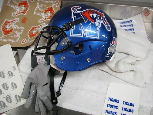 Schutt Sports Vengeance A3 Youth Football Helmet
