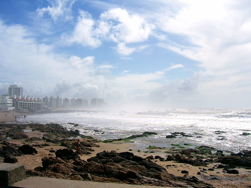 "Amanece, Punta del Este | <a href=""http://www.flickr.com/photos/59207482@N07/2832300567"">View at Flickr</a>"