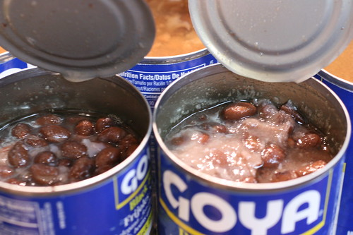 Goya Cans