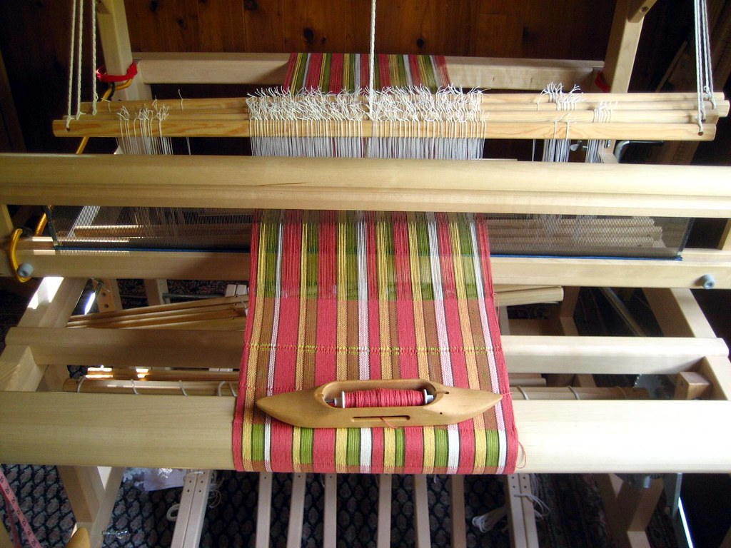 Handtowel-02 On the loom