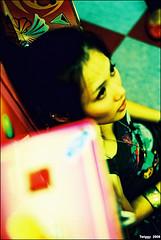Seek!! (Twiggy Tu) Tags: portrait film taipei nia 2008 contaxrx carlzeissplanart50mmf14 colourartaward