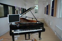 SAE Institute Oxford Steinway Piano (Chris Hambly) Tags: piano steinway steinwaypiano saeinstitute saeoxford