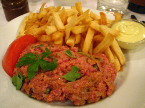 L'Express, Montreal - Steak Tartare