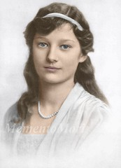 astrid of Sweden (Ekaterina Fyodorovna) Tags: beauty photomanipulation vintage necklace belgium sweden antique pearls royalty sed queenofhearts recolored snowprincess astridofsweden astridofbelgium