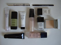 Primers, Bases, Corretivos e afins (Ketyane) Tags: makeup foundation dior shiseido the photofinish roseglow smashbox lifiting skinflash whitelucent correctorpencil actiminegivenchy foundationle blancchanelbase lumirediorskinpowder