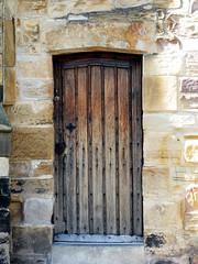 the door ( Wee Rainbow Girl  Nay Paul ) Tags: door wood old rustico puerta madera durham entrance entrada viejo durhamuniversity durhamuniversitylibrary