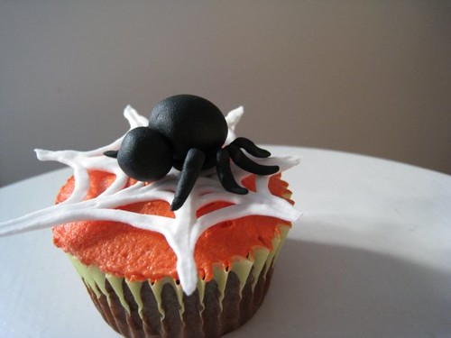 Spiders, Mummies, and Ghosts Cupcakes