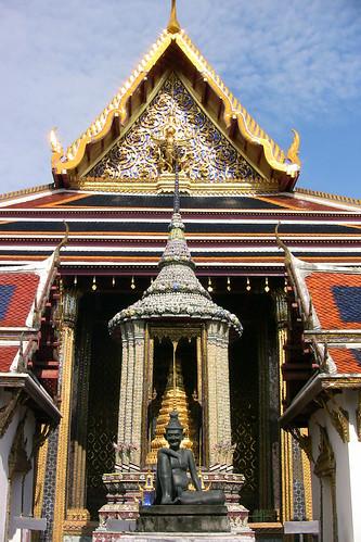 Wat Pho dude