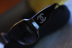 135 macro test shot coco chanel sunglasses w/ swarovski crystals (*highlimitzz) Tags: gb garbongbisaya