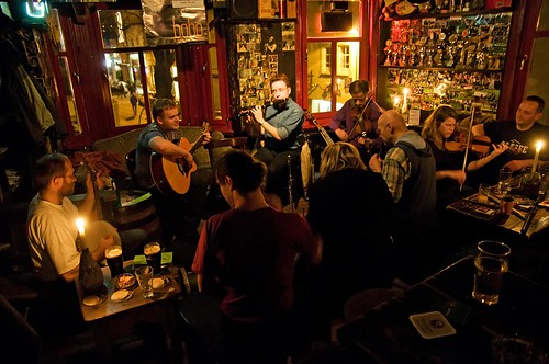 Traditional Irish & Folk Session