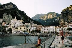Amalfi por fuera (Bellwizard) Tags: italia amalfi