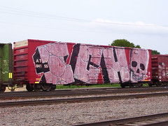 ich wholecar (ontrackgraffiti) Tags: bench graffiti ich ichabod graffitiart freighttrain wholecar