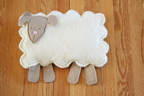 sheep rice snuggle pack