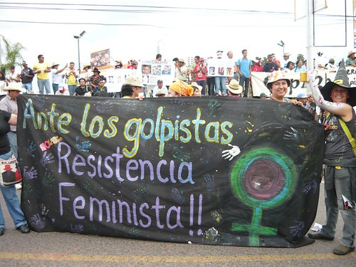 Feministas resistencia 4 by HablaHonduras.