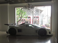 NICE LIGHTING FOR THE GUMPERT APOLLO (livinginchina4now) Tags: china cool shanghai style showroom apollo luxury supercar lu zonda stylish dealer pagani najing sps gumpert
