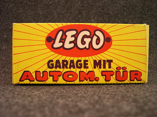 Early Lego German 236 Garage Kit (front)