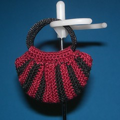 Mini Fat Bag - red & black (jackie_greywolf) Tags: bag handmade crochet fatbag dollbag