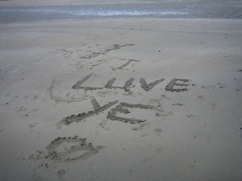 I Luve Ye (Writing we found on the Beach)