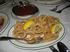 Spanish Tavern: Fried calamari