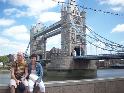 Tower Bridge atzean dugula
