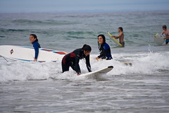 Alicia, Mariola (SURF&ROCK (Miguel Navaza)) Tags: beach surf surfer wave playa surfing galicia curso bodyboard surfandrock escuelasurf