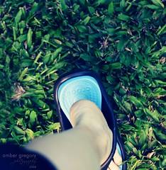 132/365 Finally jumping on the Crocs bandwagon--YES! (amber {in the shadow of za'ha'dum}) Tags: vacation self hawaii kauai 2008 ambergregory 365days