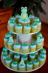 Frog Cupcake Tower (TheLittleCupcakery) Tags: green water little frog cupcake lilly tlc fondant cupcakery xirj klairescupcakes