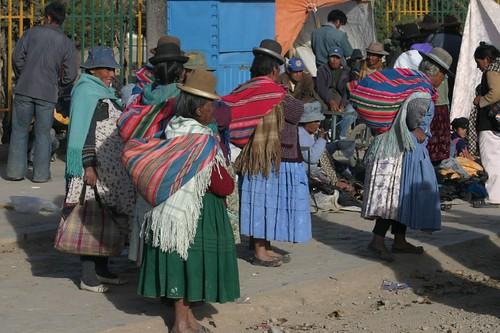 Indigenas - Patacamaya, Bolivia.