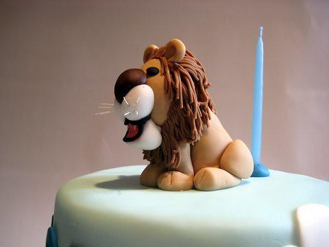 Lion on Joel's Jungle Cake