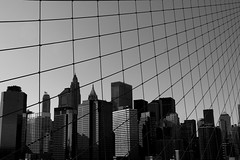 Brooklyn Bridge (djemde) Tags: travel bridge light bw usa white newyork black net aperture suspension group cage brooklynbridge wallstreet 2008 pentaxk10d mannhatten