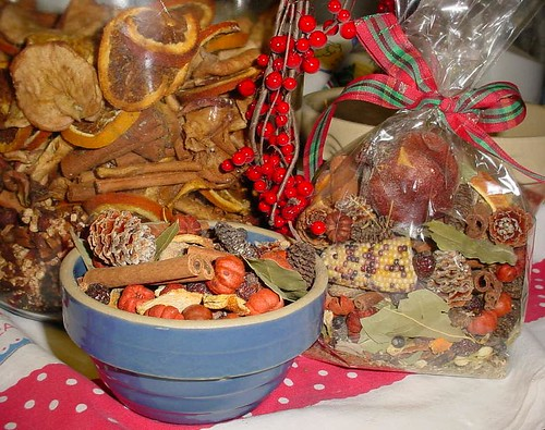 Christmas Harvest Jar Potpourri 2