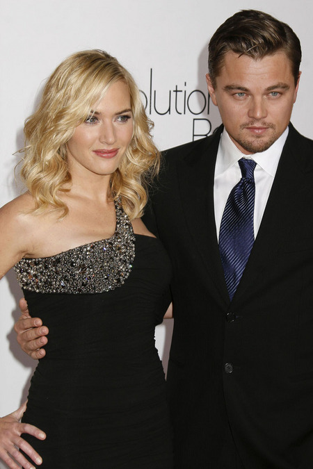 gallery_main-1216_kate_winslet_leo_01