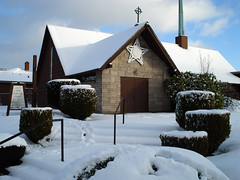 a certain light (enso-on) Tags: seattle morning snow church cloaked