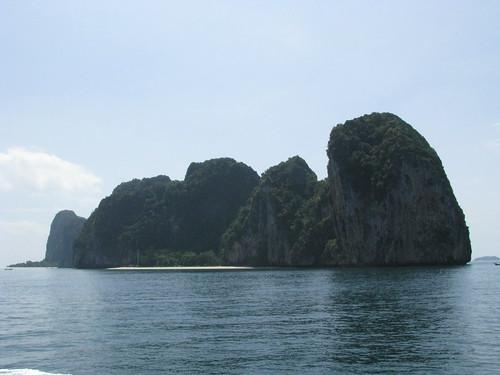 The island of Lao Liang, Thrang