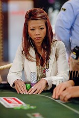 appt macau 08 ME (Liz Lieu) Tags: liz tournament lieu lizlieu pokerdiva nolimitholdem propokerplayer chilipokercom apptmacau
