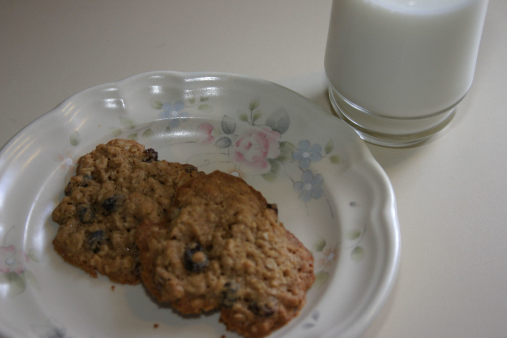 Splenda Oatmeal-Raisin Cookies